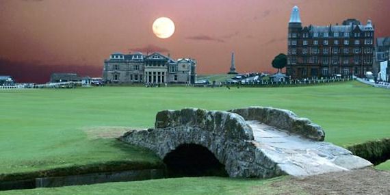St. Andrews Golf Course Night Hole 18