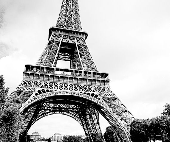 Eiffel tower wall mural home design for Eiffel tower wall mural black and white