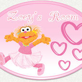 Sesame Street Zoey Hearts Custom Name Wall Decal